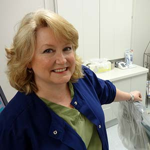 Tam Dental Hygienist – Adamo Dental Implants & Periodontics